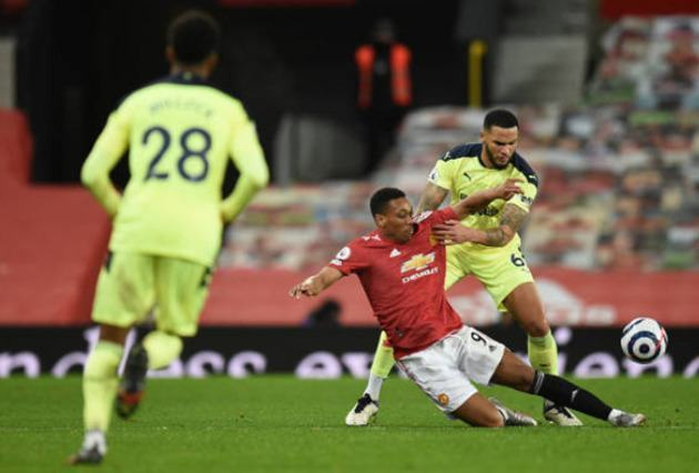 Anthony Martial heavily criticised by fans - Bóng Đá